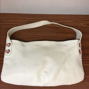 Bags - 🌷CLEAR OUT Petusco white leather Bag